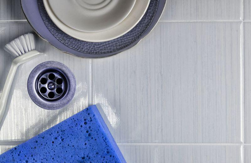 Lavare i piatti senza detersivo