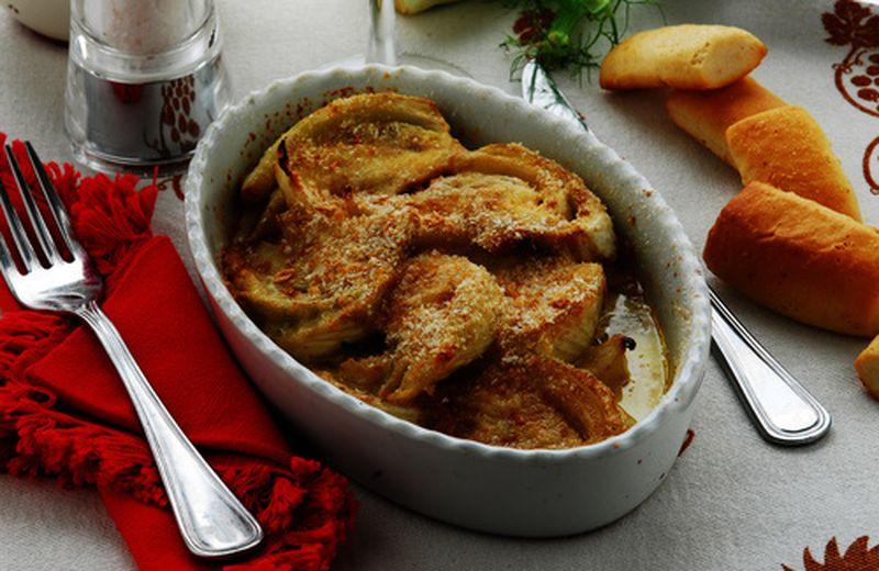 Finocchi gratinati, ricetta in due varianti