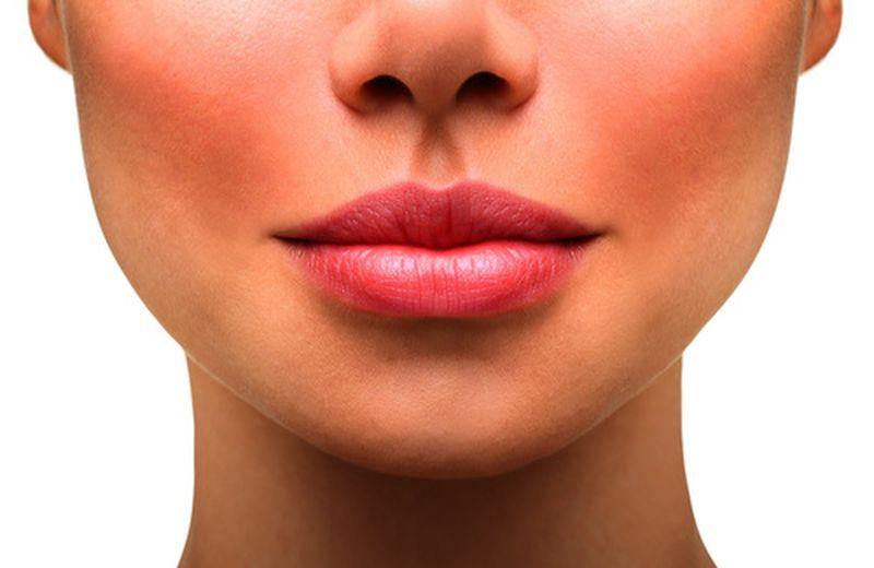Scrub per ammorbidire le labbra