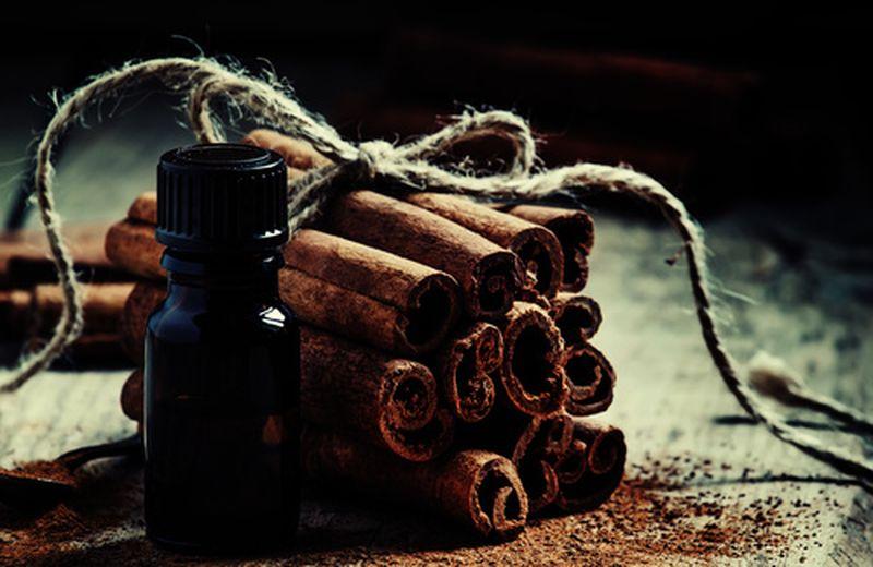 Le applicazioni dell'olio essenziale di cannella