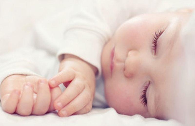 Il sonno dei bambini: un aiuto dai fiori di Bach