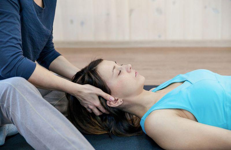 Massaggio olistico bioenergetico, cos'è