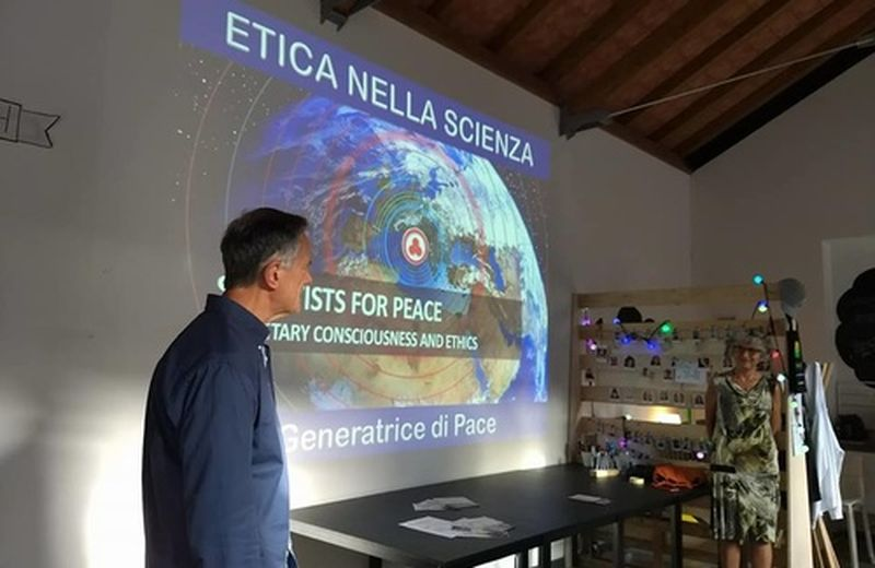 Cos'è la Scienza interscalare