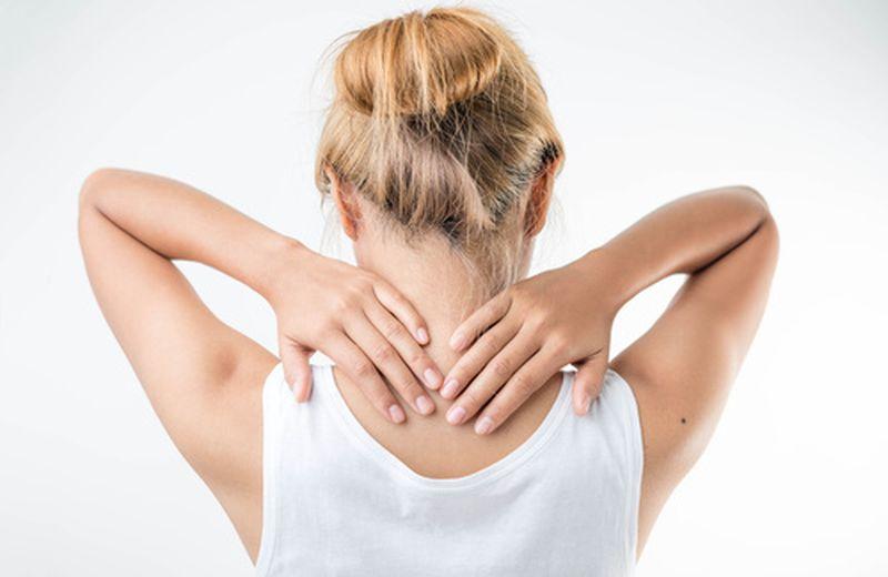Cervicale infiammata, i rimedi per l'inverno