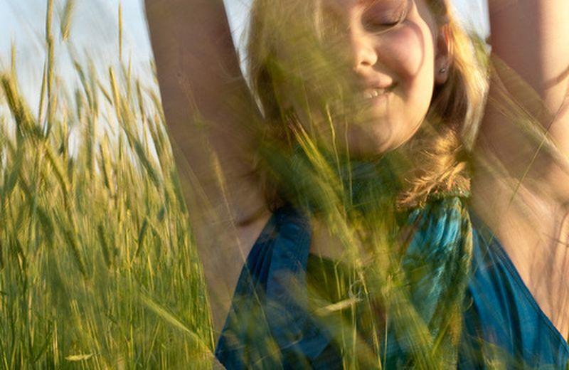 Curare la tristezza con rimedi naturali