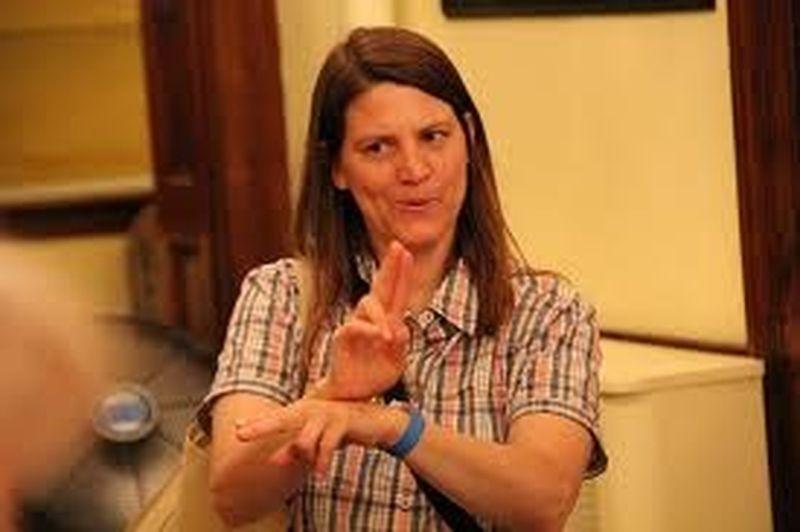 La lingua dei segni dei sordi