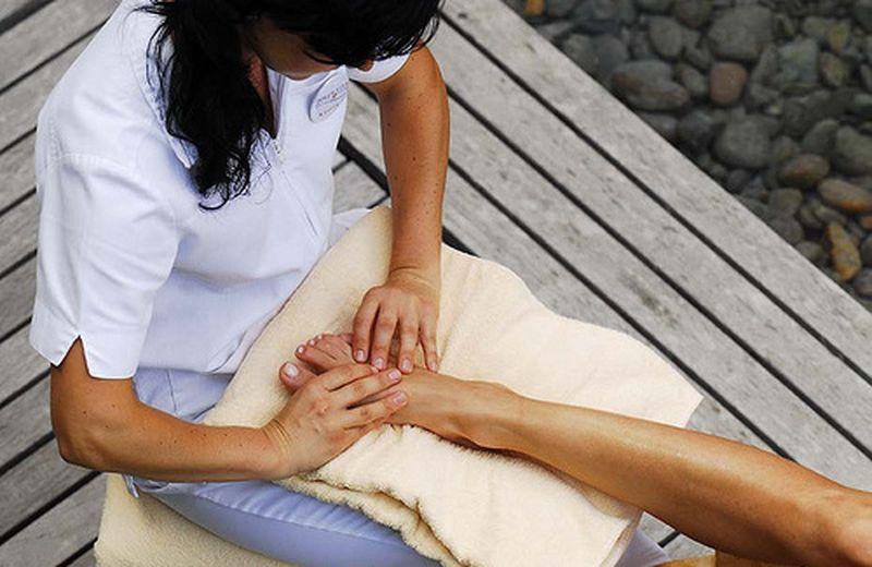 Il massaggio ai piedi