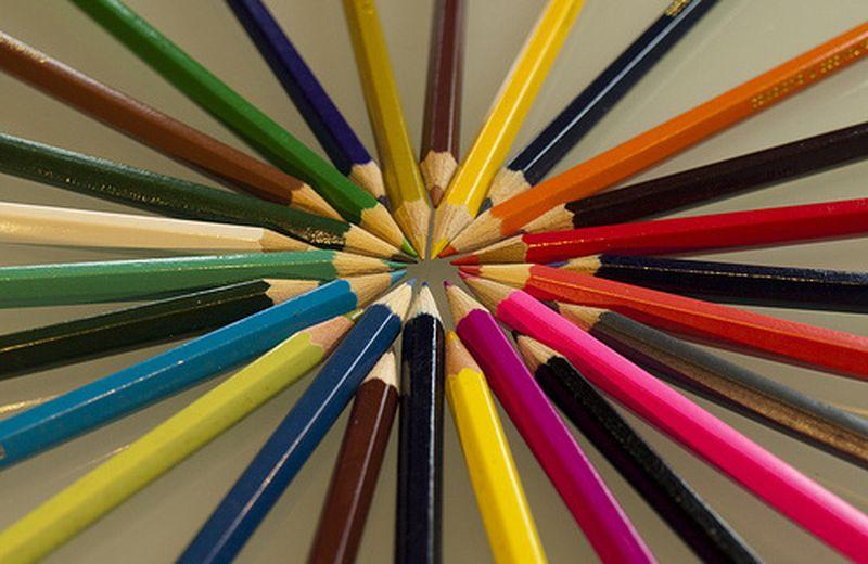 La cromopuntura come soluzione di conflitti e terapia evolutiva